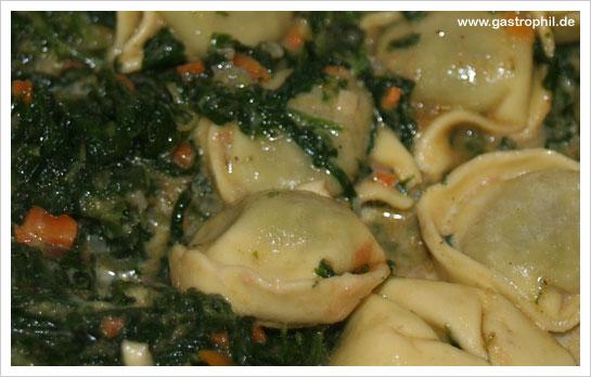 tortellini-spinat-tomatensoße-05