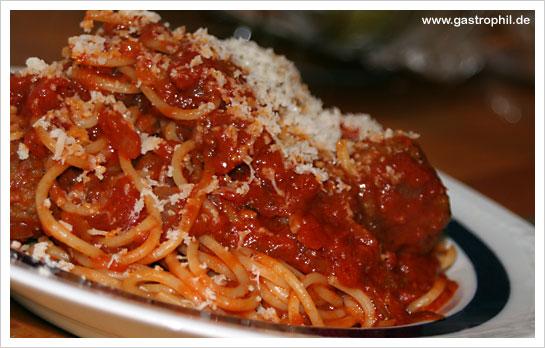 spaghetti-hackbällchen-01