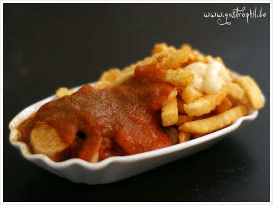 currywurst-pommes-mayo