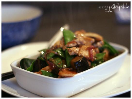 huhn-aubergine-zuckerschote-1