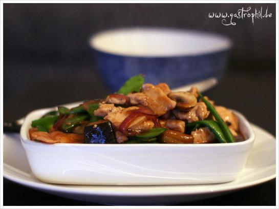 huhn-aubergine-zuckerschote-2