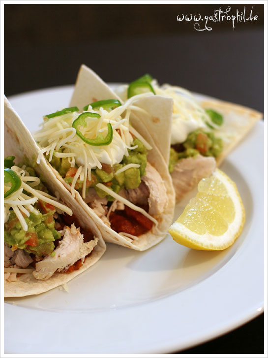 tacos-mit-huhn-kaese-guacamole-2