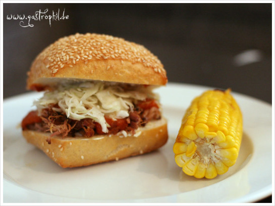 pulled-pork-coleslaw