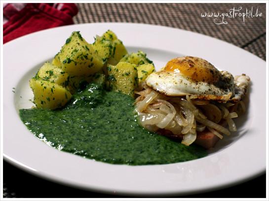 spinat-spiegelei-fleischkaese-kartoffeln