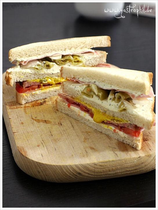 ziegenkaese-honigschinken-spanferkel-sandwich-2