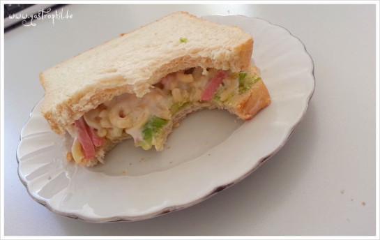 avocado-nudelsalat-sandwich-bigbite