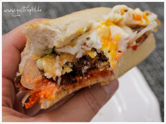 cevapcici-breakfast-sandwich-saftig-eigelb